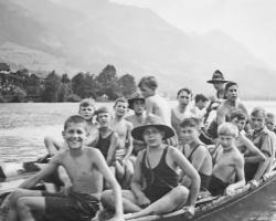 APV_Sammlung_1933 SOLA Sarnen Barkenfahrt zum Badeplatz